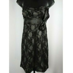 Gray & Black Floral Lace Padded Strapless Dress